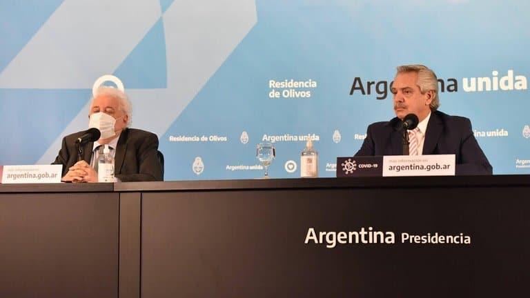 Argentina anuncia la vacunación de 300.000 personas contra el COVID-19 antes de fin de año