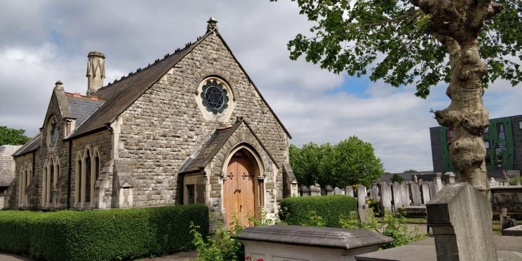 Londres: Por primera vez en la historia, el cementerio judío de Willesden abre al turismo y se convierte en un nuevo lugar para explorar