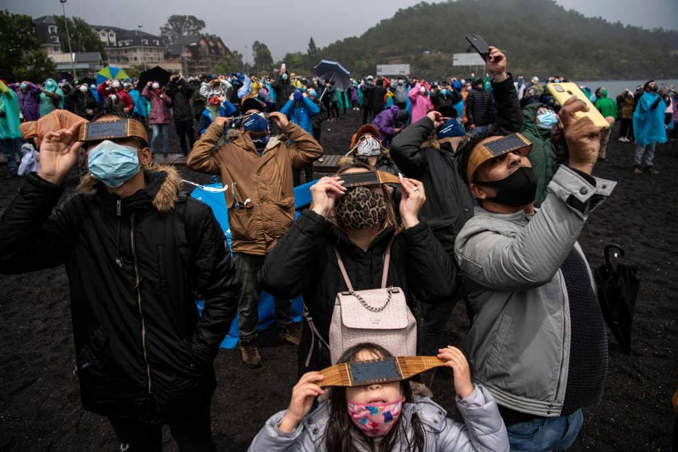 Así se vivió el esperado eclipse solar total desde la Patagonia argentina