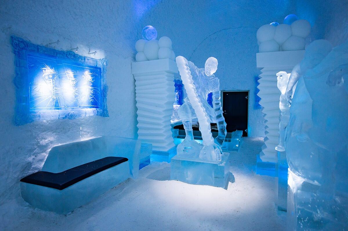 Suecia: revelaron imágenes del increíble hotel de hielo y es posible recorrerlo incluso si no puedes viajar