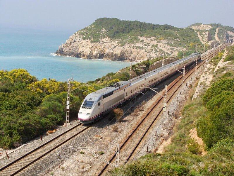 rutas europeas para recorrer en tren 3525659943 1de7f05b37 c 1