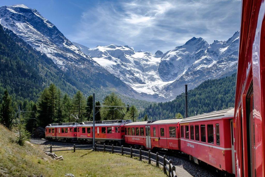 rutas europeas para recorrer en tren andreas stutz WFw303fx dY unsplash 1