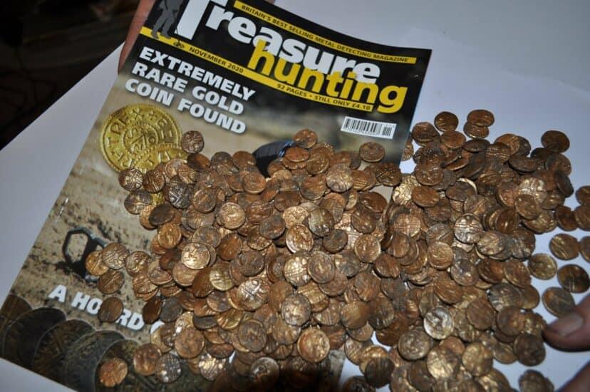 Un observador de aves descubrió antiguas monedas celtas valuadas en más de 1 millón de dólares