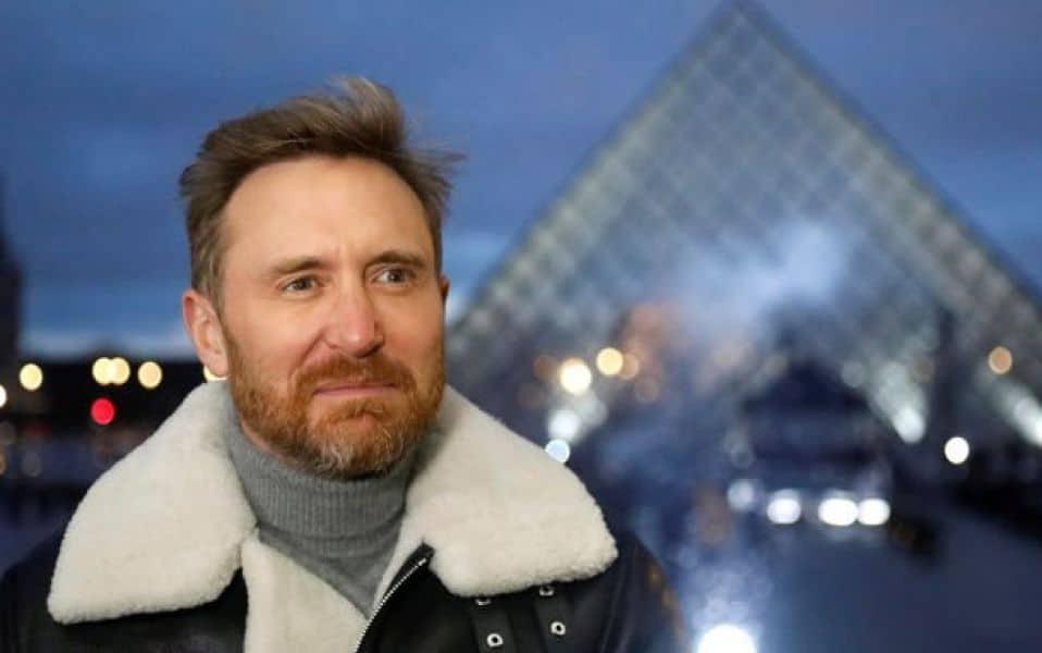 David Guetta despedirá el 2020 con un show en streaming desde la Pirámide del Louvre