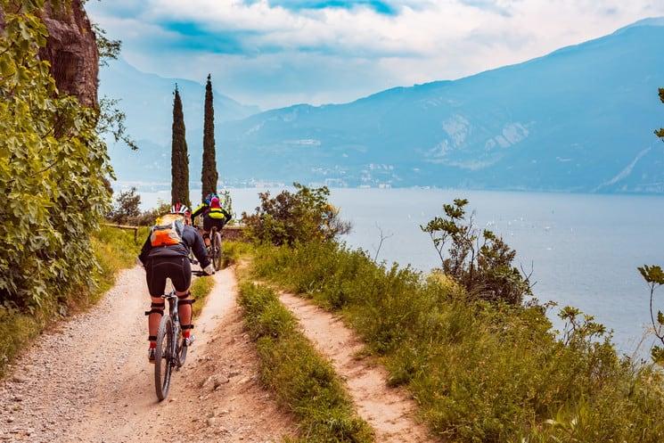 El lago más grande de Italia ahora tendrá su propio sendero para disfrutar en bicicleta: esto es todo lo que tienes que saber