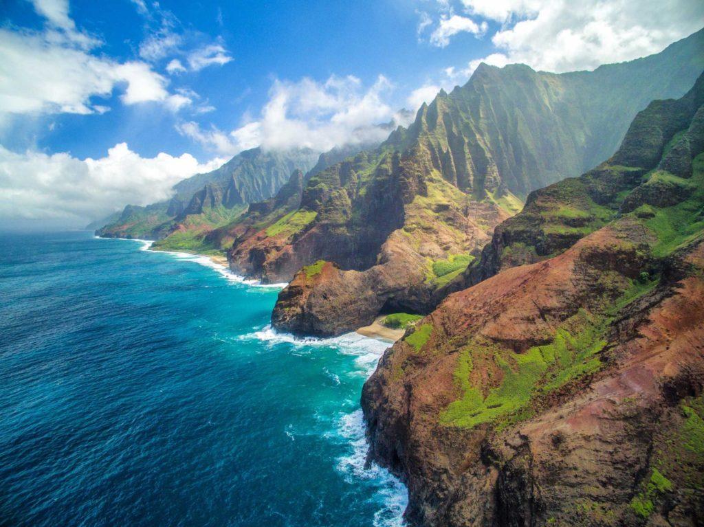 """La isla hawaiana de Kauai propone """"alojamientos burbuja"""" para sus visitantes: serán exceptuados de cuarentena si se hospedan en complejos turísticos aprobados"""