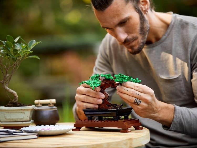 colección botánica LEGO lanza diferentes sets inspirados en una coleccion botanica y son ideales para quienes les cuesta conservar las plantas 2