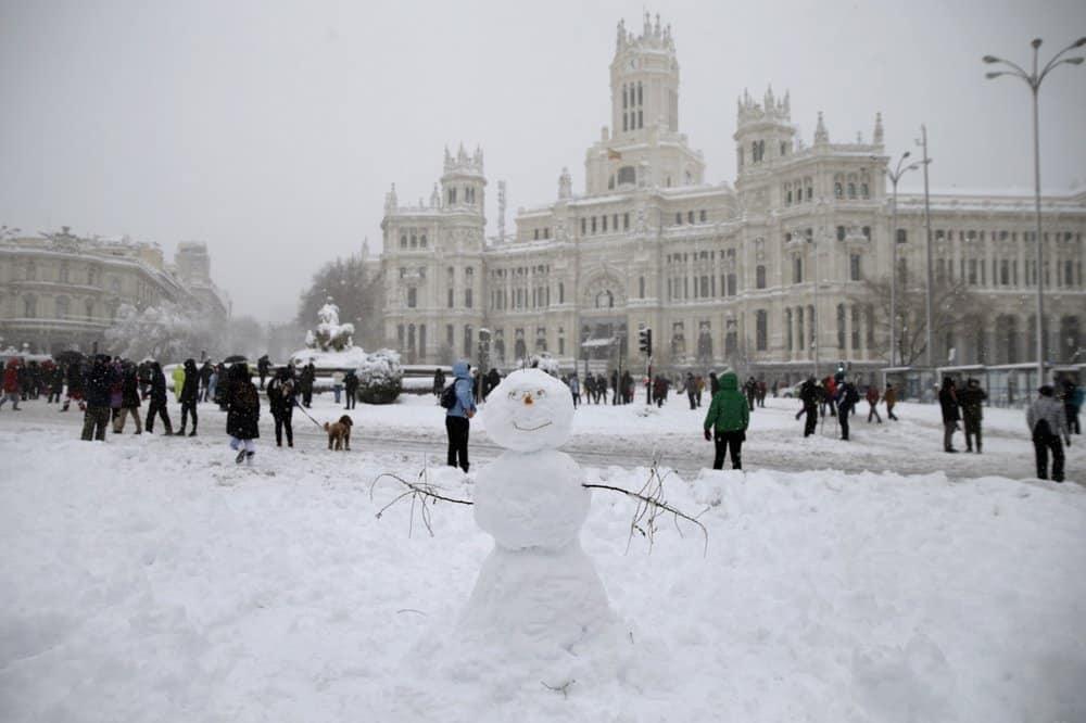 Una nevada histórica convirtió a Madrid en una pista improvisada de esquí
