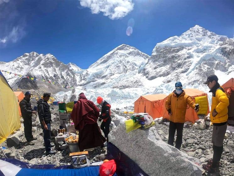 imagen basura en la zona del Everest nepal 1
