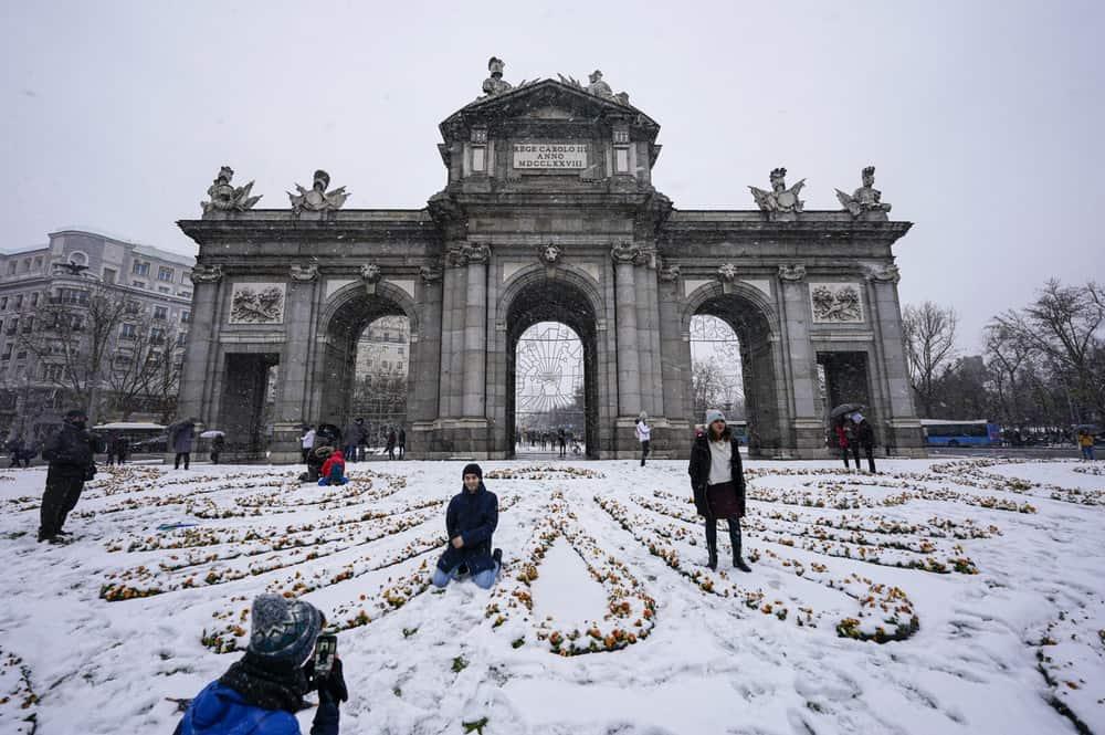 imagen calles de Madrid GALERIA Lo que Filomena dejo en las calles de Madrid 8 las mejores fotografias de una ciudad tenida de un historico temporal de nieve