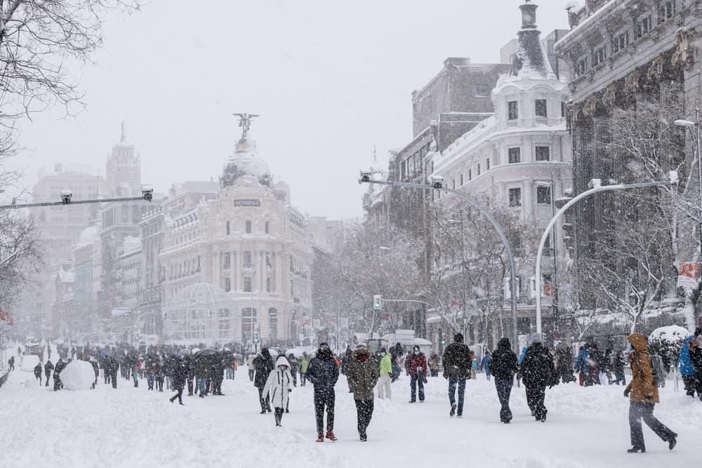 imagen calles de Madrid GALERIA Lo que Filomena dejo en las calles de Madrid 3 las mejores fotografias de una ciudad tenida de un historico temporal de nieve
