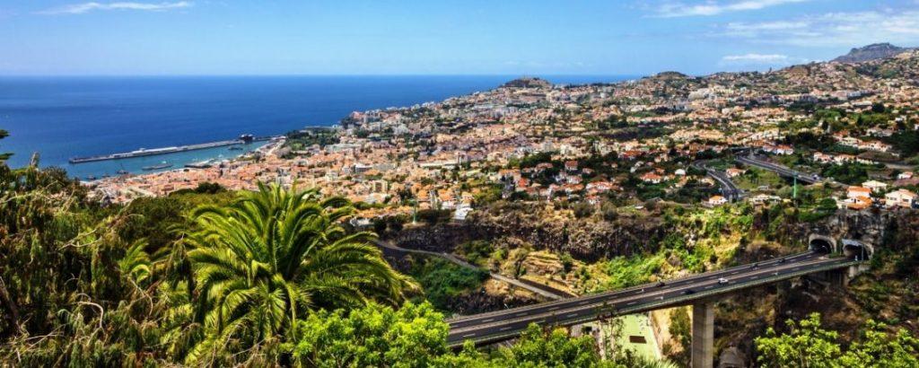 imagen aldea nómada digital Portugal Golden Visa Madeira Corporate Services 6 1140x456 1