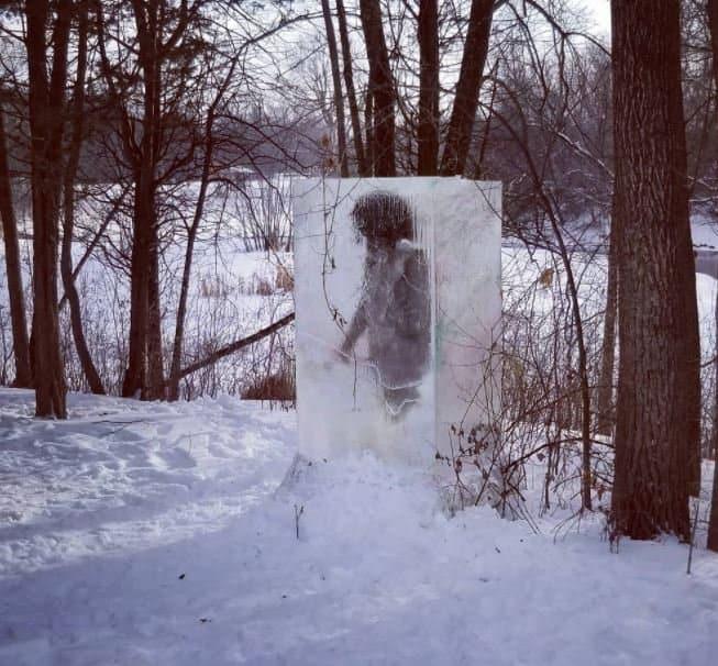 imagen cavernícola cavernicola en hielo