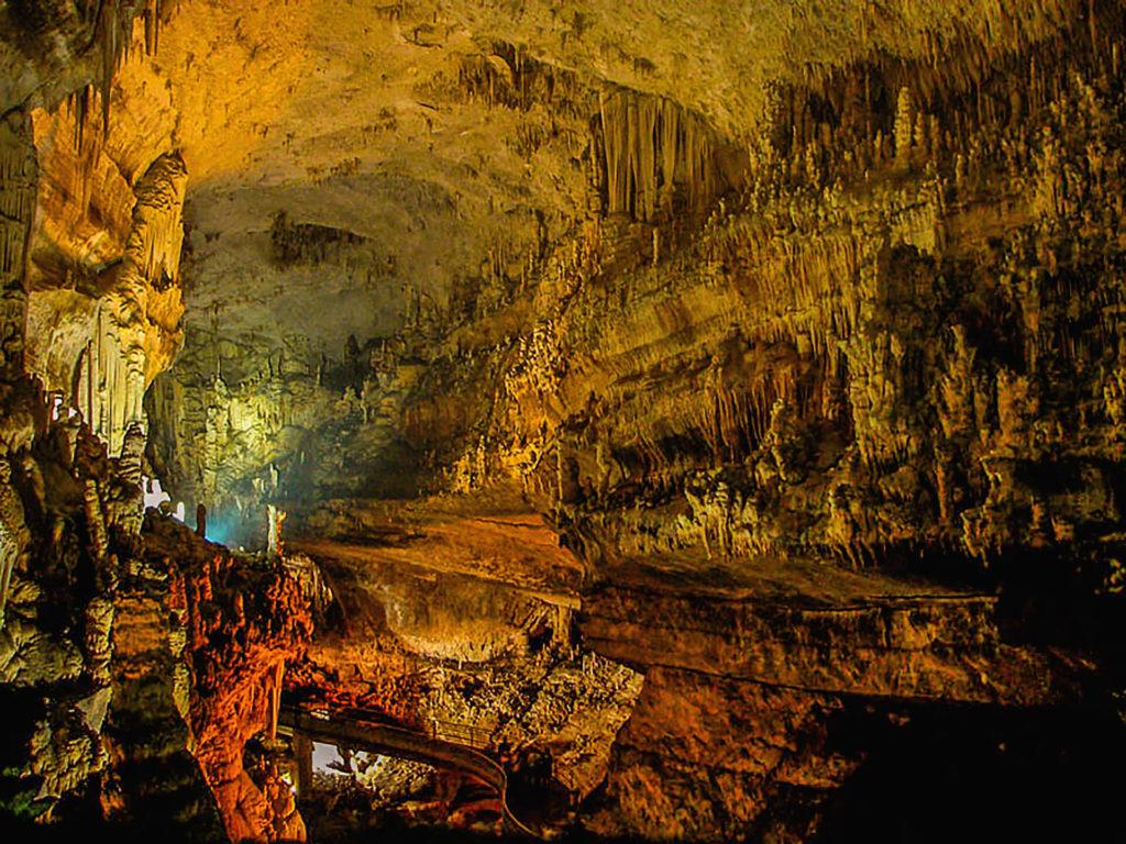 imagen cuevas más coloridas del mundo 29930847906 902eb4520a k 1 1