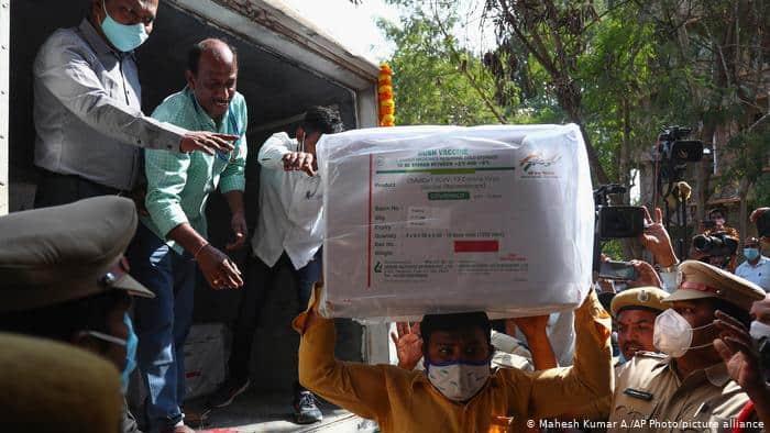 India dio comienzo a una de las campañas de vacunación más grandes del mundo