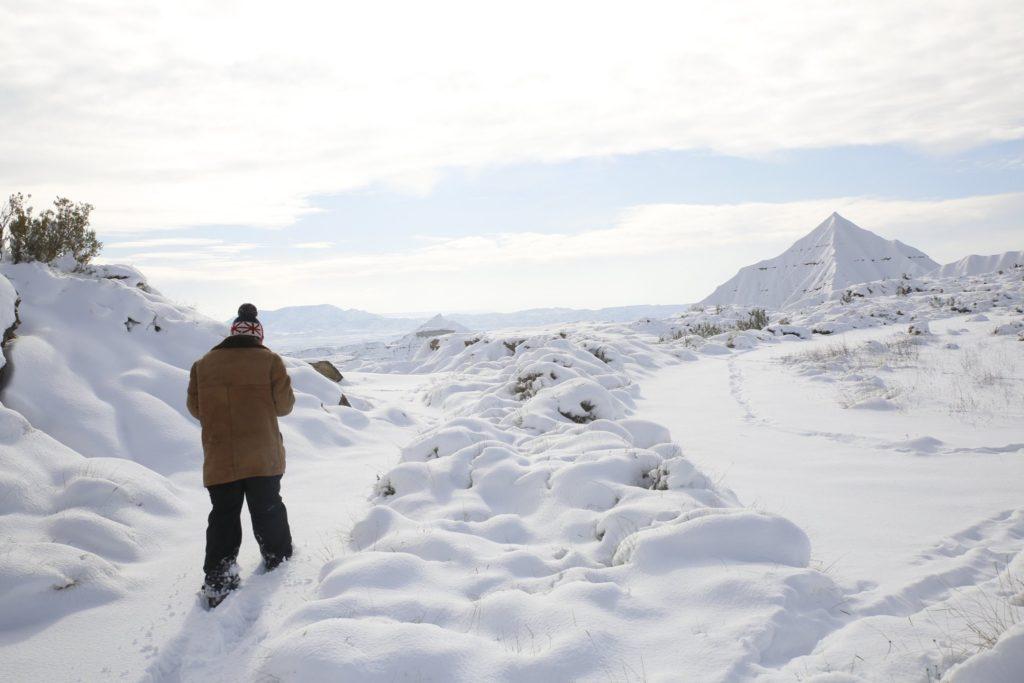 Fotógrafo capta imágenes inéditas de las Bardenas Reales de Navarra durante el temporal de nieve en España