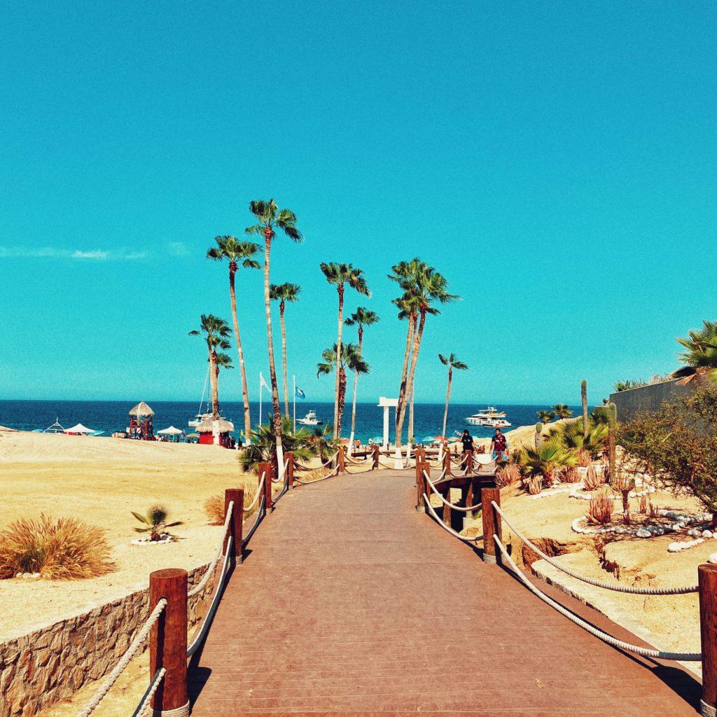 México: los hoteles y sitios de estadía compartida de Los Cabos ya realizan pruebas de COVID-19 en el lugar