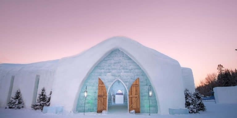 HOTEL DE GLACE ICE HOTEL