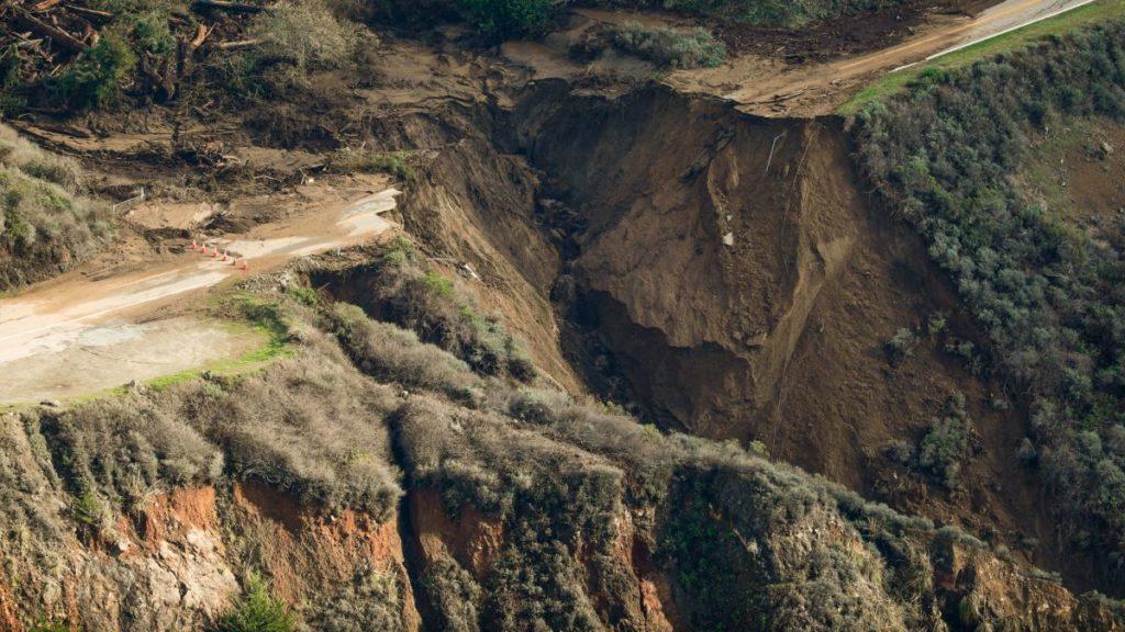imagen california https cdn.cnn .com cnnnext dam assets 210130120239 restricted 03 california highway 1 big sur 0129