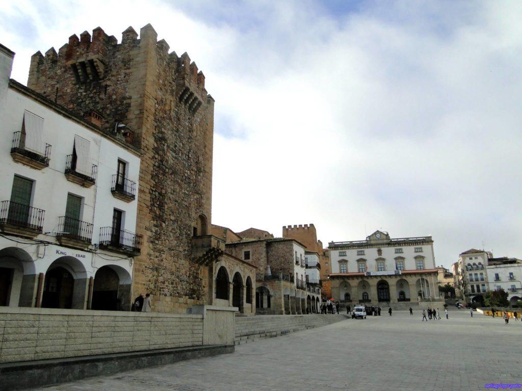 imagen 24 horas en Cáceres 49504839072 5b7187cd2f k 1