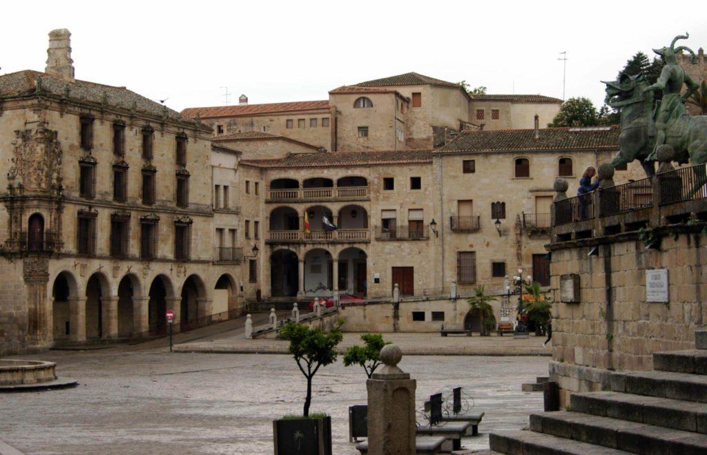 imagen 24 horas en Cáceres 4626560616 c2fb36063d k 1