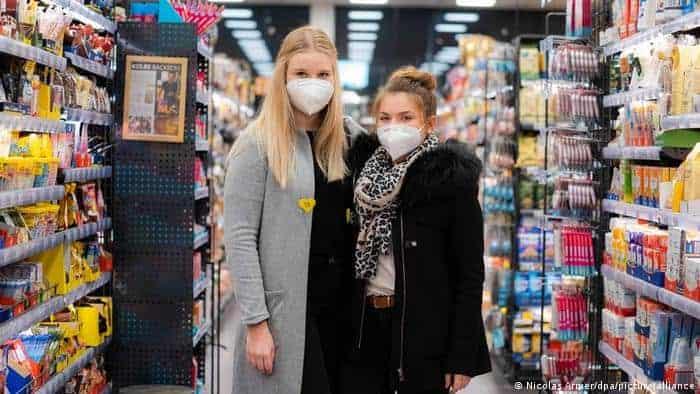 Debido a las restricciones por el coronavirus, un supermercado alemán se ofrece como nuevo espacio para encontrar pareja