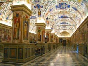 Los museos del Vaticano vuelven a abrir sus puertas al público luego de 88 días