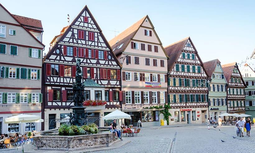 imagen destinos de Europa para visitar en 2021 alemania tubingen plaza t