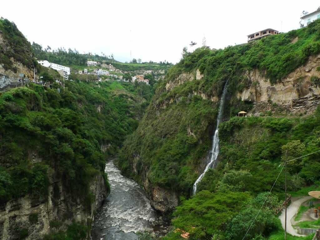 Imagen Santuario De Las Lajas 5305130434 C40Ec272Bd B 1