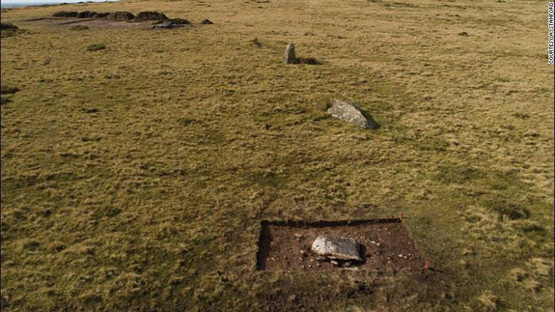 Un grupo de arqueólogos sostiene Stonehenge en un principio se levantó en Gales y fue trasladado a Inglaterra