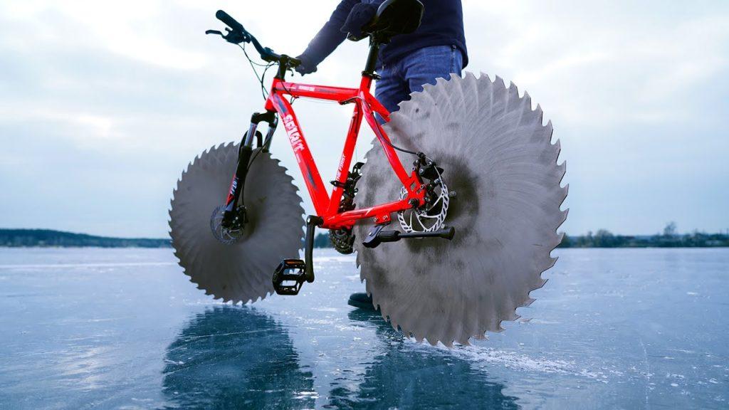 Bicicleta para andar sobre hielo