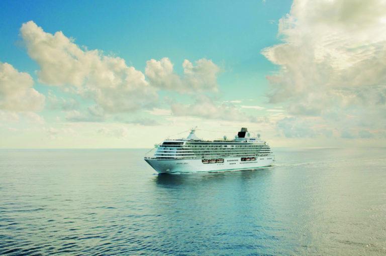 La compañía de cruceros Crystal solicitará que sus pasajeros se hayan vacunado contra el COVID-19 antes de abordar