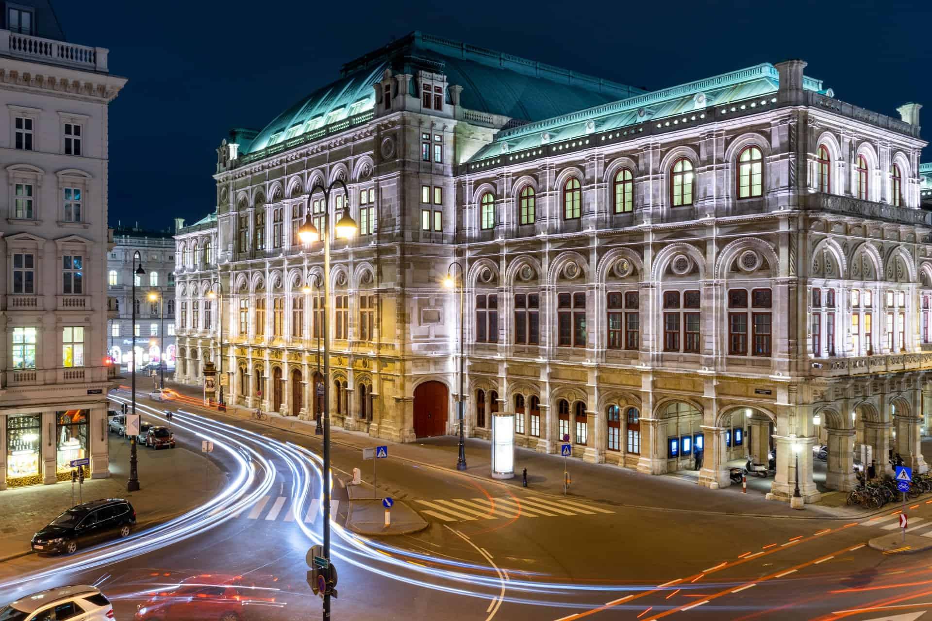 La Ópera de Viena se reinventa como museo y ofrece visitas guiadas para poder abrir sus puertas al público