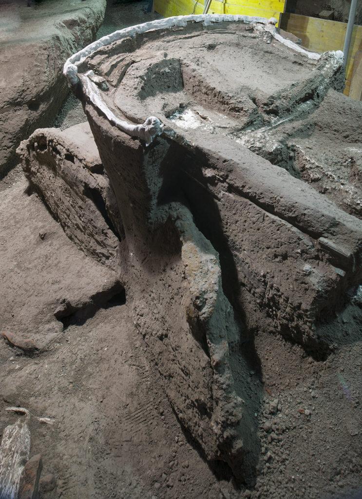 Encuentran Una Carroza Ceremonial De Hace 2.000 Años En Pompeya, Italia