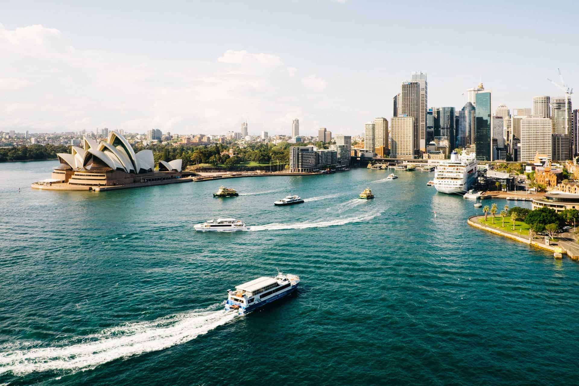 Australia extiende la prohibición de los viajes internacionales por 3 meses más