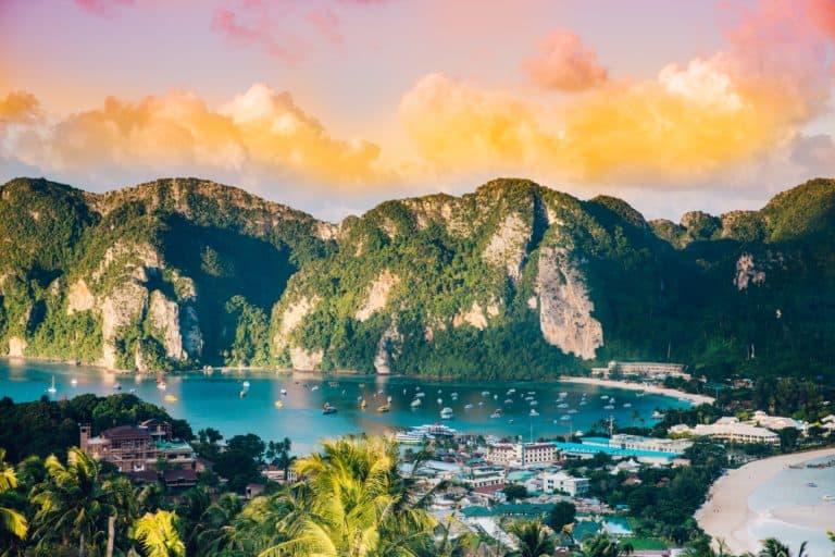 El sector turístico de Tailandia busca poder recibir a turistas internacionales para Julio 2021