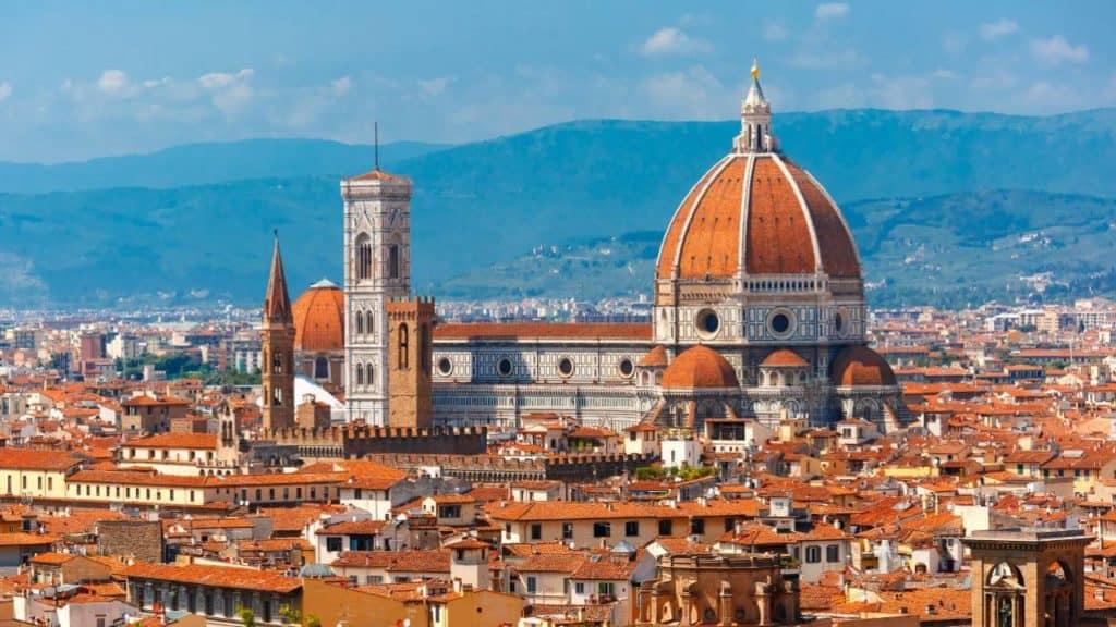 Italia Convierte La Región De Toscana En Un Museo 'Disperso' Con Obras De Una De Las Galerías Más Populares Del Mundo
