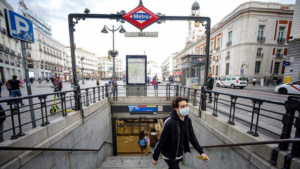 Madrid buscara realizar testeos masivos de COVID 19 gratuitos antes de la Navidad para controlar la expansion de la segunda ola 1