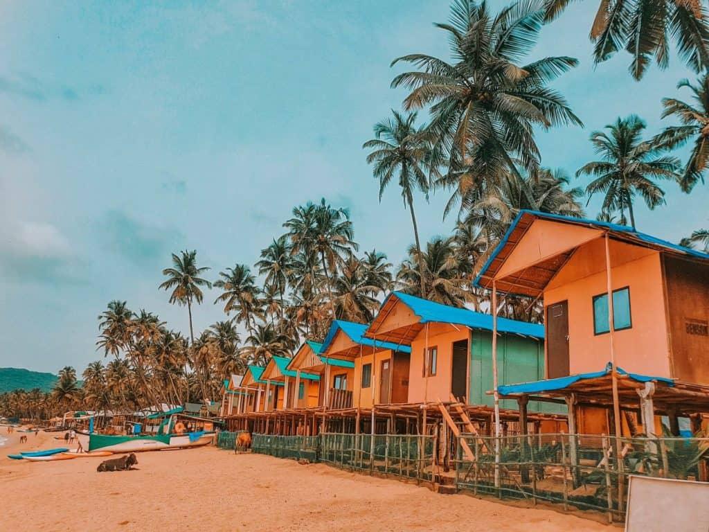 mejores destinos de Asia para viajar con niños raja sen FYos6AbcDsY unsplash 1 1024x768 1