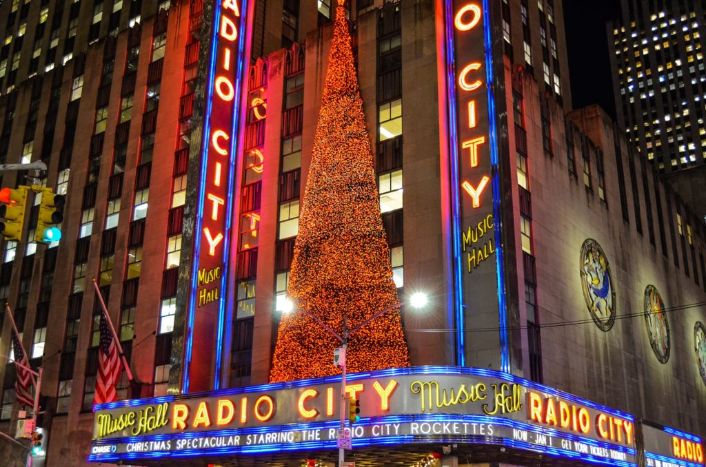 A partir de Abril podrán volver a abrir sus puertas algunas salas de espectáculos en Nueva York