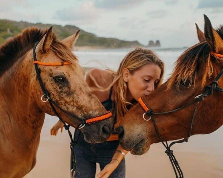 yoga con caballos