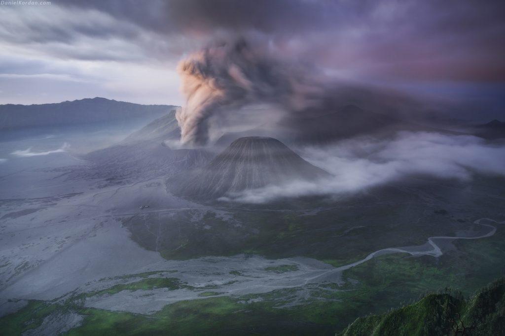 Imagen Volcán En Erupción Daniel Kordan Volcano Photo 3