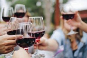 Una compañía de vinos de California busca a una persona que trabaje por USD$10.000 por mes y también pagará su alquiler