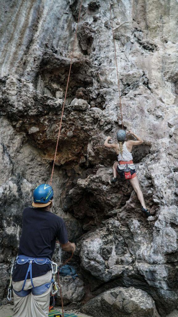Imagen Destinos Del Mundo Para Escalar En Roca Kameron Kincade 5C7Jnv0P5Ym Unsplash 1