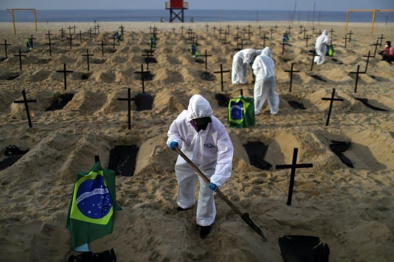 Brasil Al Borde Del Colapso: Los Altos Índices De Casos Y Fallecimientos Diarios Ponen En Alerta A Toda La Región Por Una Nueva Cepa Más Infecciosa