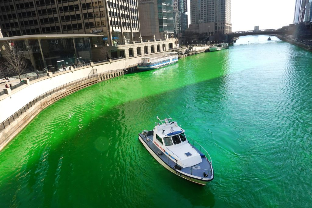 Estados Unidos: Chicago tiñó uno de sus ríos de verde para celebrar el día de San Patricio