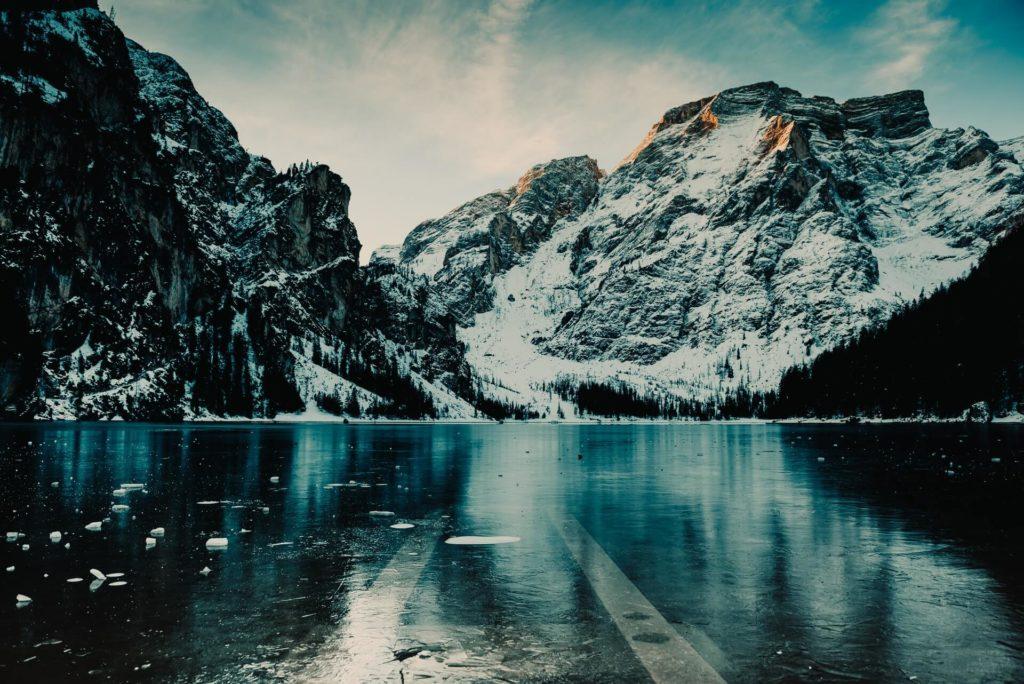 Lago Braies flavio gasperini YP6wSafzf0Y unsplash 1