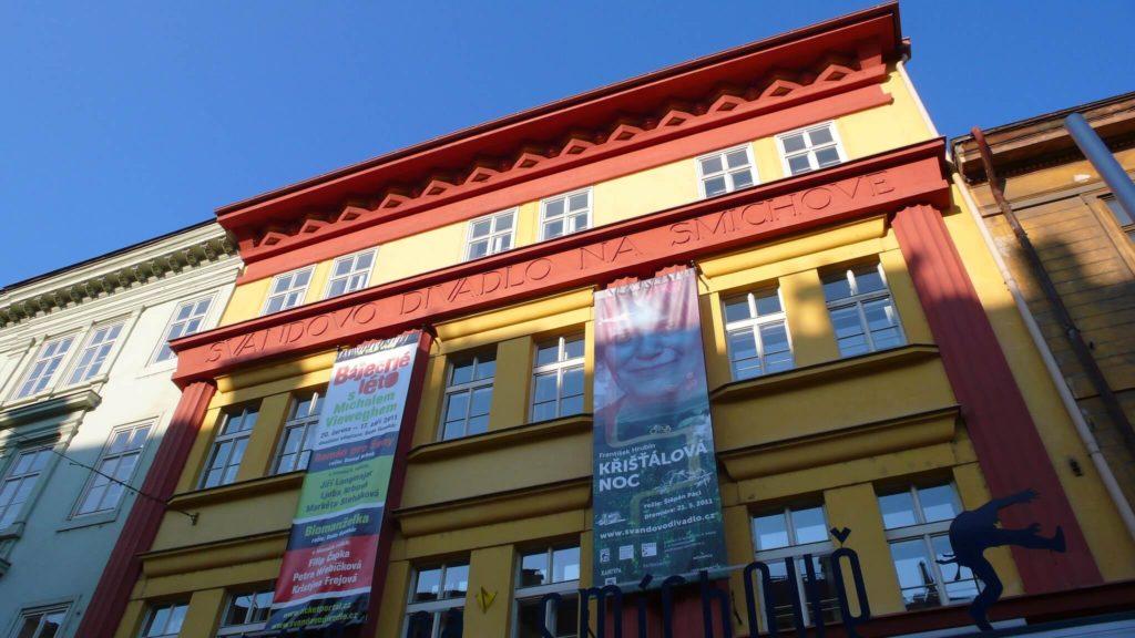 sitios alternativos que visitar en Praga 6226879991 5a7e908f23 k 1