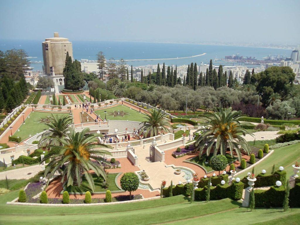 Jardines de Bahaí brian nelson 19b7ZXP2LfQ unsplash 1
