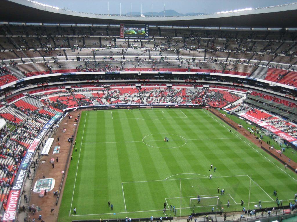 estadios de fútbol más famosos del mundo 4905273759 7c4f09fa79 k 1